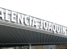 Estación Joaquín Sorolla y la parada de Metro Valencia.